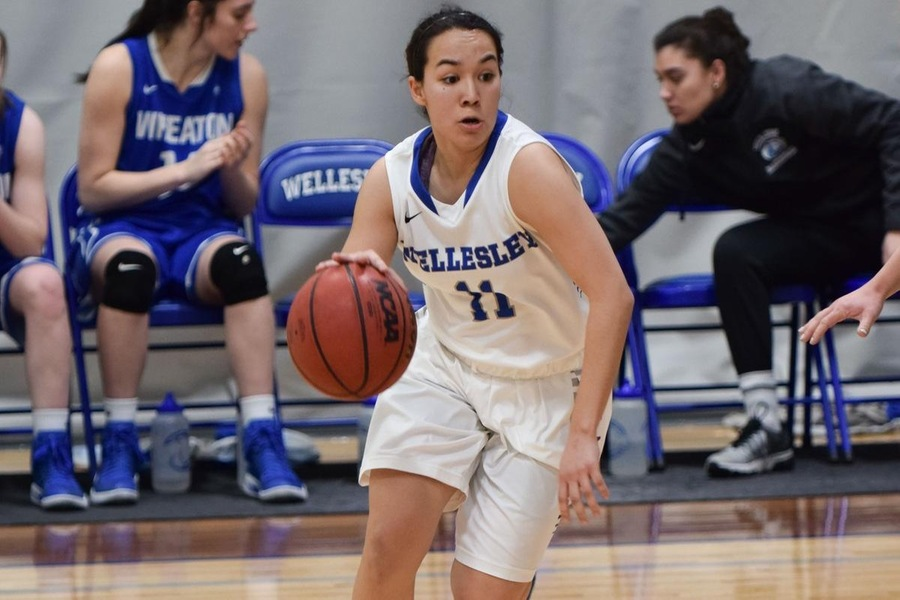 Sophomore Caitlin Aguirre scored 12 of her game-high 20 points in the fourth quarter to lead Wellesley to a 61-53 victory over Emerson (Julia Monaco).