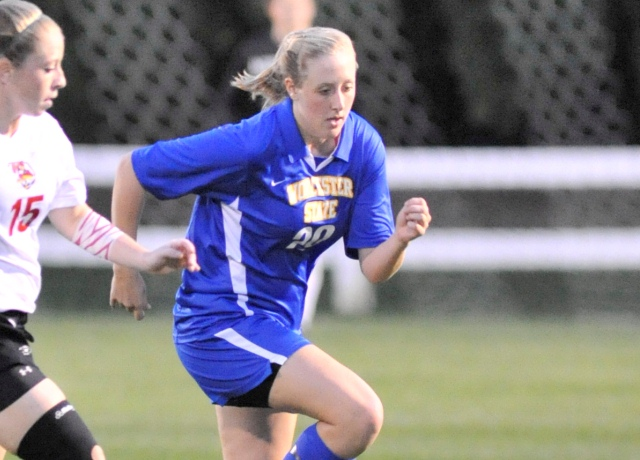 Women's Soccer Edges University of New England In Shootout