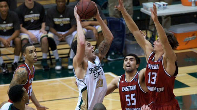 MEN'S BASKETBALL KNOCKS OFF EASTERN WASHINGTON AT HOME, 75-64