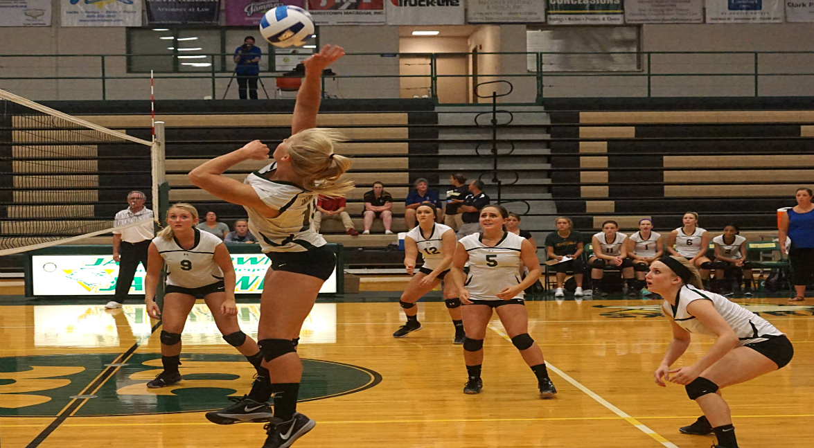 Women's Volleyball Hosting POD Tournament