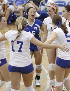 Wellesley Volleyball Downs Bridgewater State