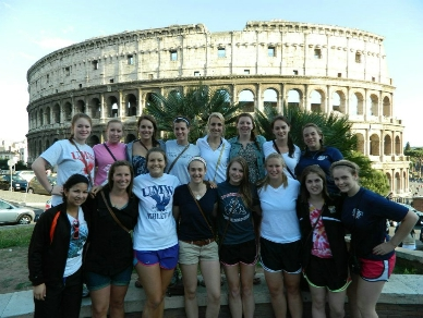 UMW Field Hockey Players Travel to Italy