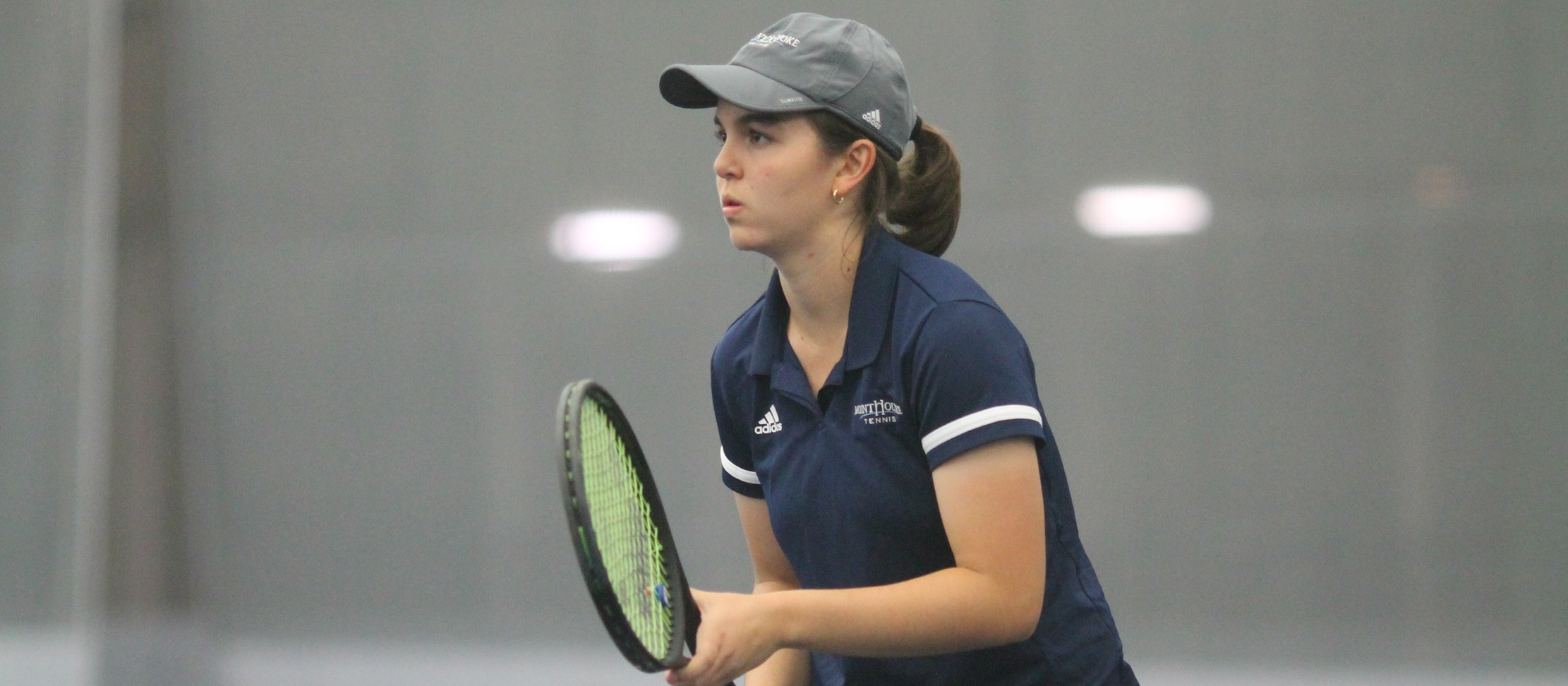 Tennis Defeats Division-I Holy Cross, 6-1, in Home Opener