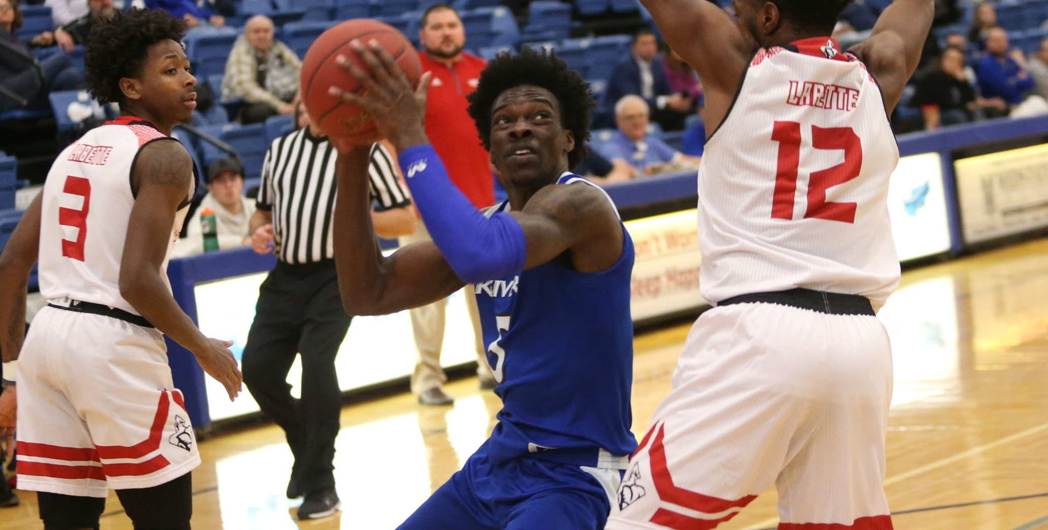 Travon Broadway and his Iowa Western teammates collected their 15th win of the season with a 101-57 road victory Tuesday evening (1/15/19) in New Providence, IA.