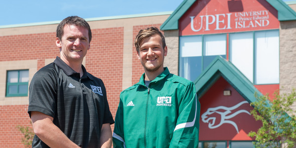 UPEI Swimming lands major sprinting recruit