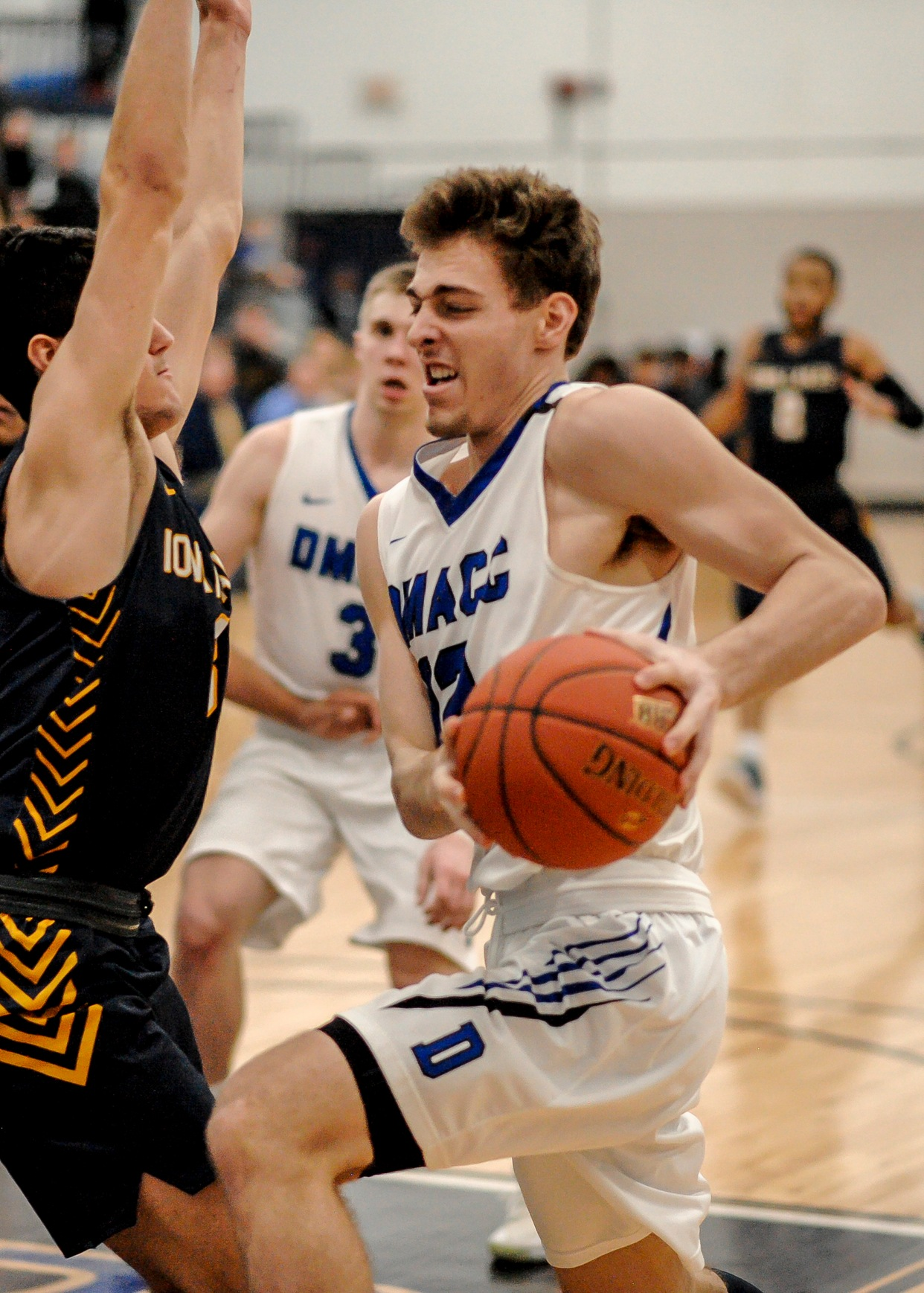 DMACC men's basketball team tops ILCC in regional semifinals; faces NIACC in championship game