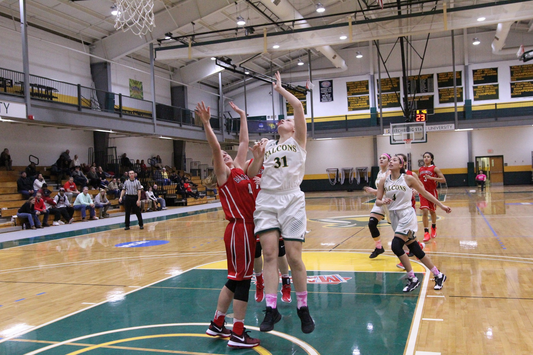 Fitchburg State Edged By Salem State, 71-67