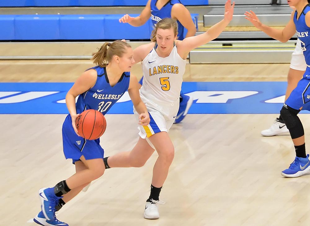 Women's Basketball Held Off by Bridgewater State, 66-56