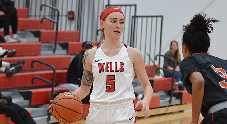 Cortland Pulls Away For Women's Basketball Win