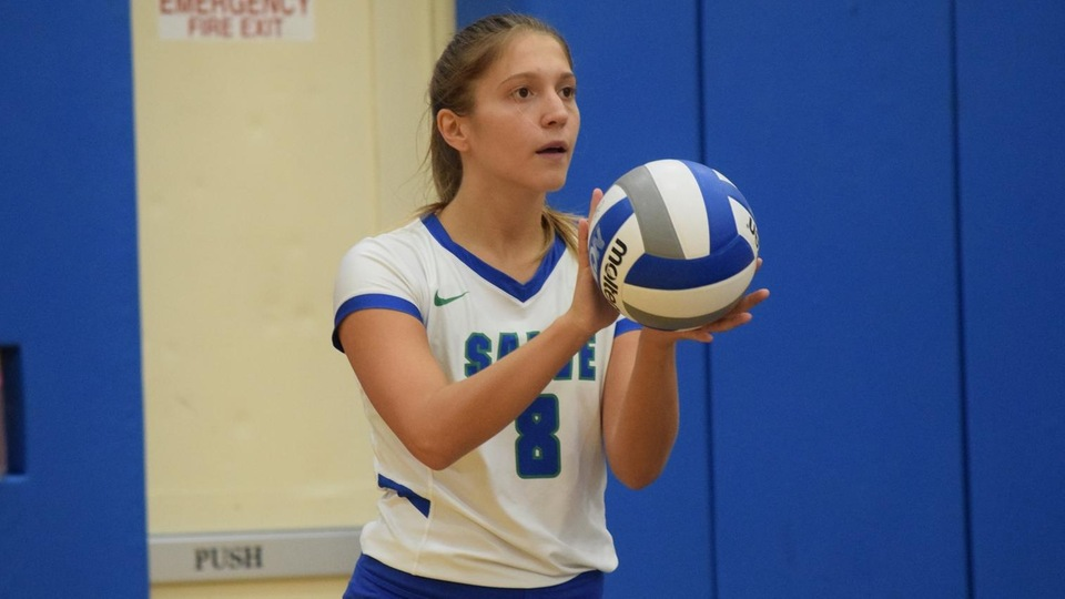 Meredith Arancio totaled 12 assists in a 3-0 loss to Coast Guard (Photo by Grace Murphy).