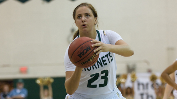 WOMEN'S BASKETBALL RETURNS WITH CAUSEWAY CLASH AT UC DAVIS SATURDAY