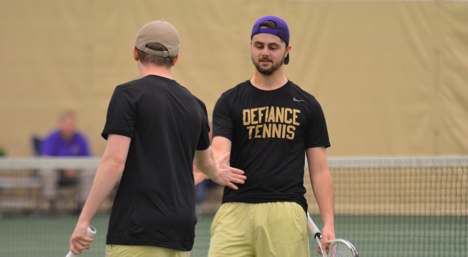 Early Lead Sinks Men's Tennis