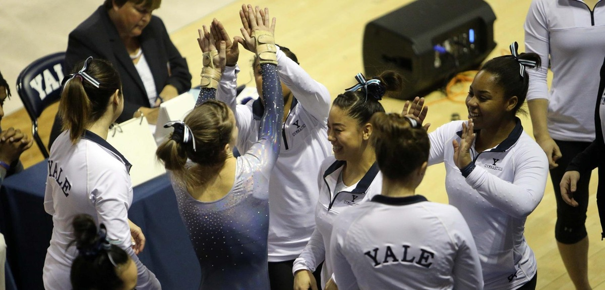 Yale celebrates. (photo by Sam Rubin '95, Yale Sports Publicity)