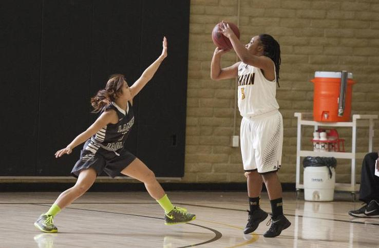Women's Basketball Falls At Skyline 69-29