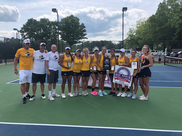 Women's Tennis Wins 2nd Straight Conference Title