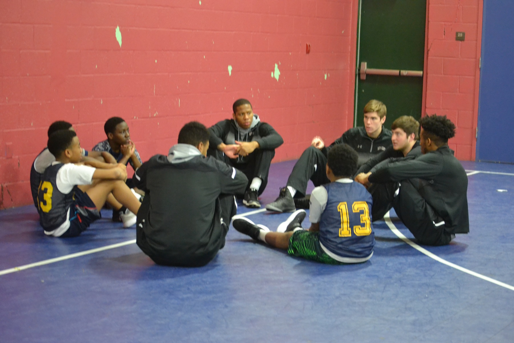 Men's Basketball Relishes Visit To Baltimore Collegiate School for Boys