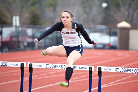 Women's Track and Field Captures First at Coach Omeltchenko Invitational