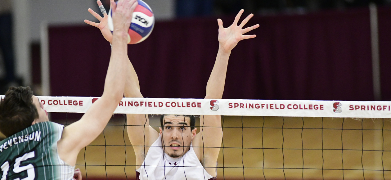 No. 1 Men's Volleyball Breezes Past Stevenson In International Volleyball Hall of Fame Morgan Classic