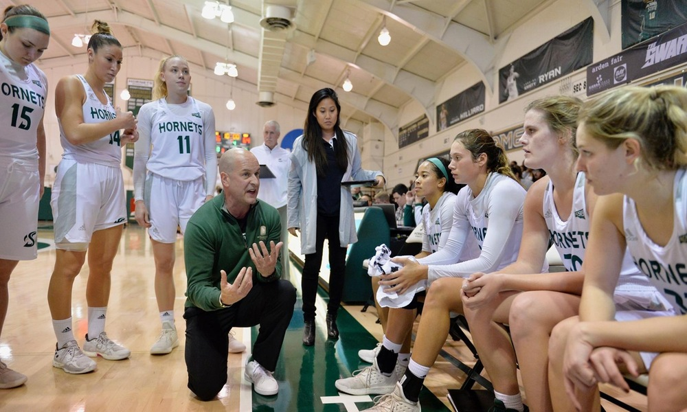 WOMEN'S BASKETBALL LOOKS TO WIN THIRD STRAIGHT WEDNESDAY IN THE NEST AGAINST SAN FRANCISCO