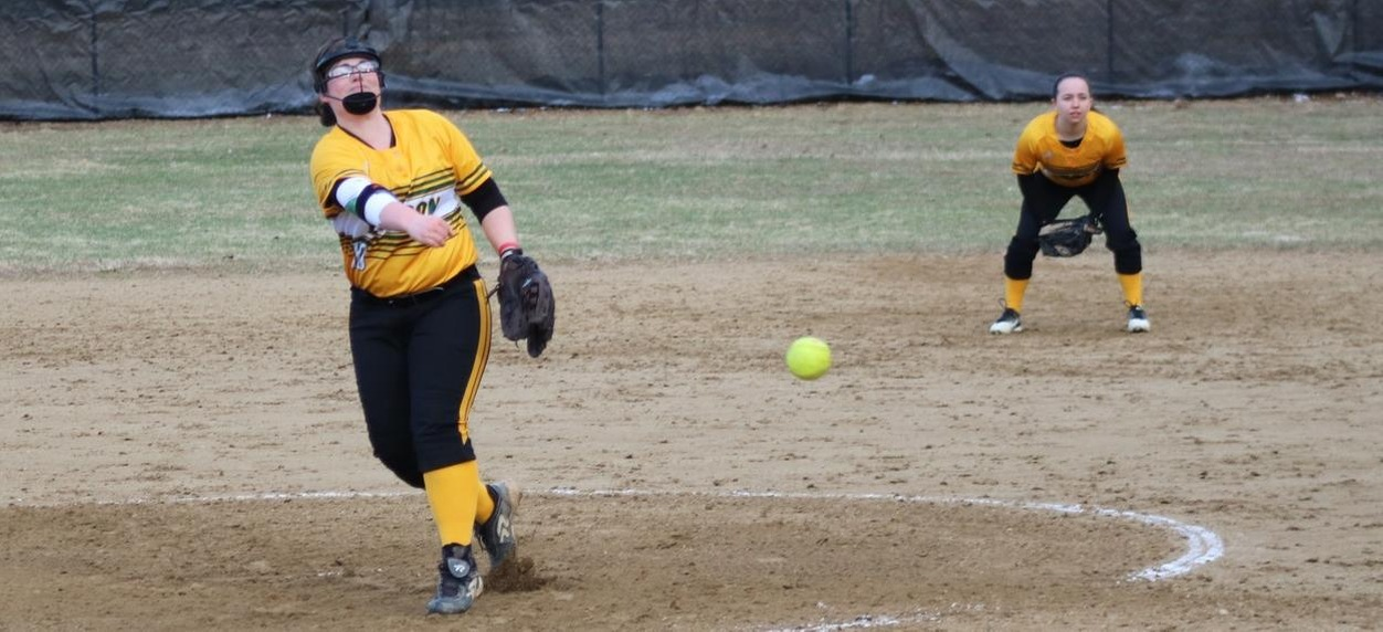 Hornet softball goes extra innings to defeat Badgers for first win and doubleheader split