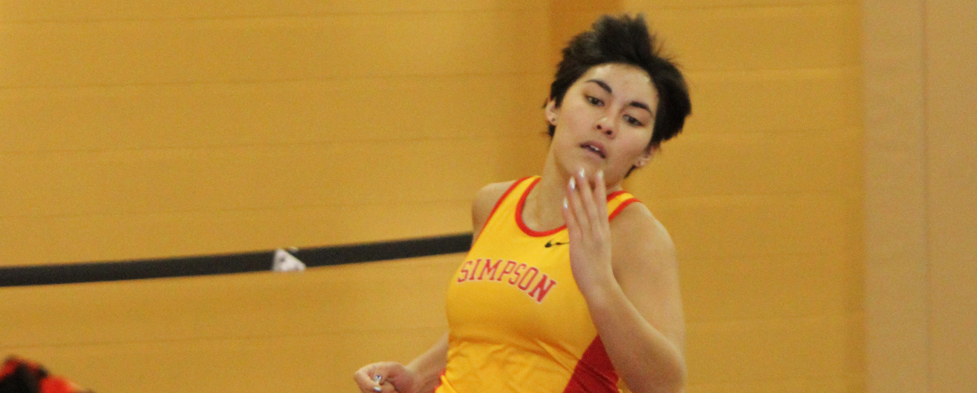 Women's track and field opens indoor season at Central