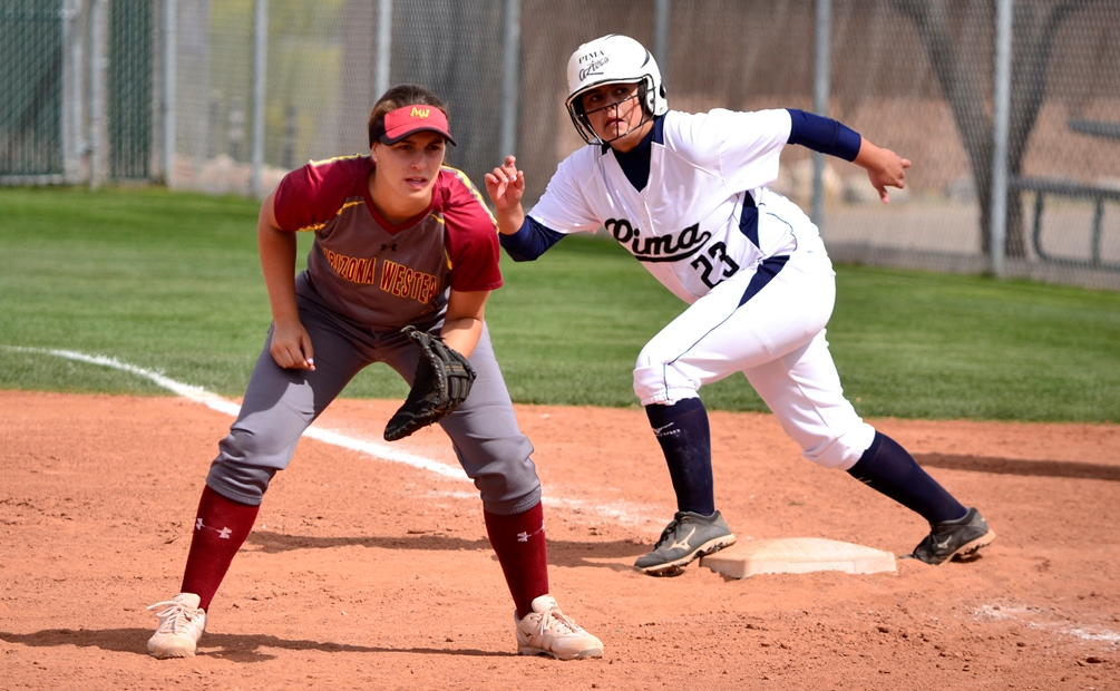 Sophomore Gabriella Gorosave went yard twice and finished with five RBIs as the Aztecs earned an ACCAC conference sweep at Scottsdale Community College. The Aztecs are 32-17 overall and 26-14 in ACCAC play. Photo by Ben Carbajal/2016