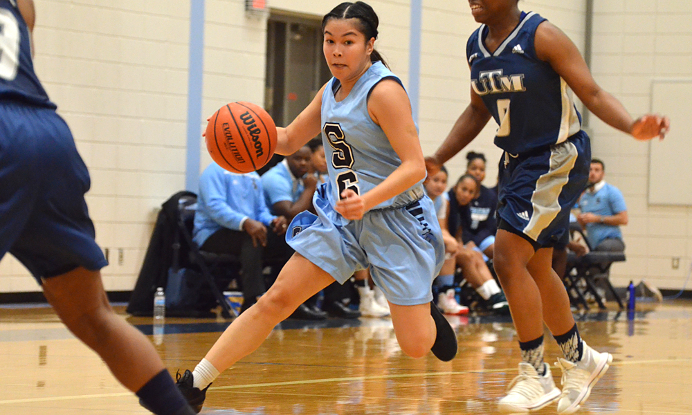Women's basketball win second straight with triumph over UTM