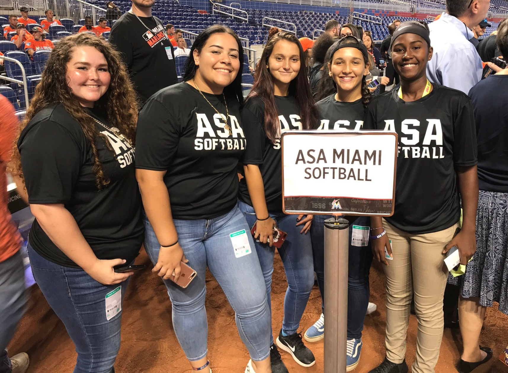 ASA Miami Has Team Building Night At Marlins Game