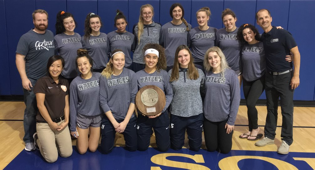 The Aztecs volleyball team took second place at the NJCAA Region I, Division II Tournament. The Aztecs fell in straight sets to South Mountain Community College in the championship round. The Aztecs finished the season at 16-15 overall. Photo courtesy of Dan Bithell