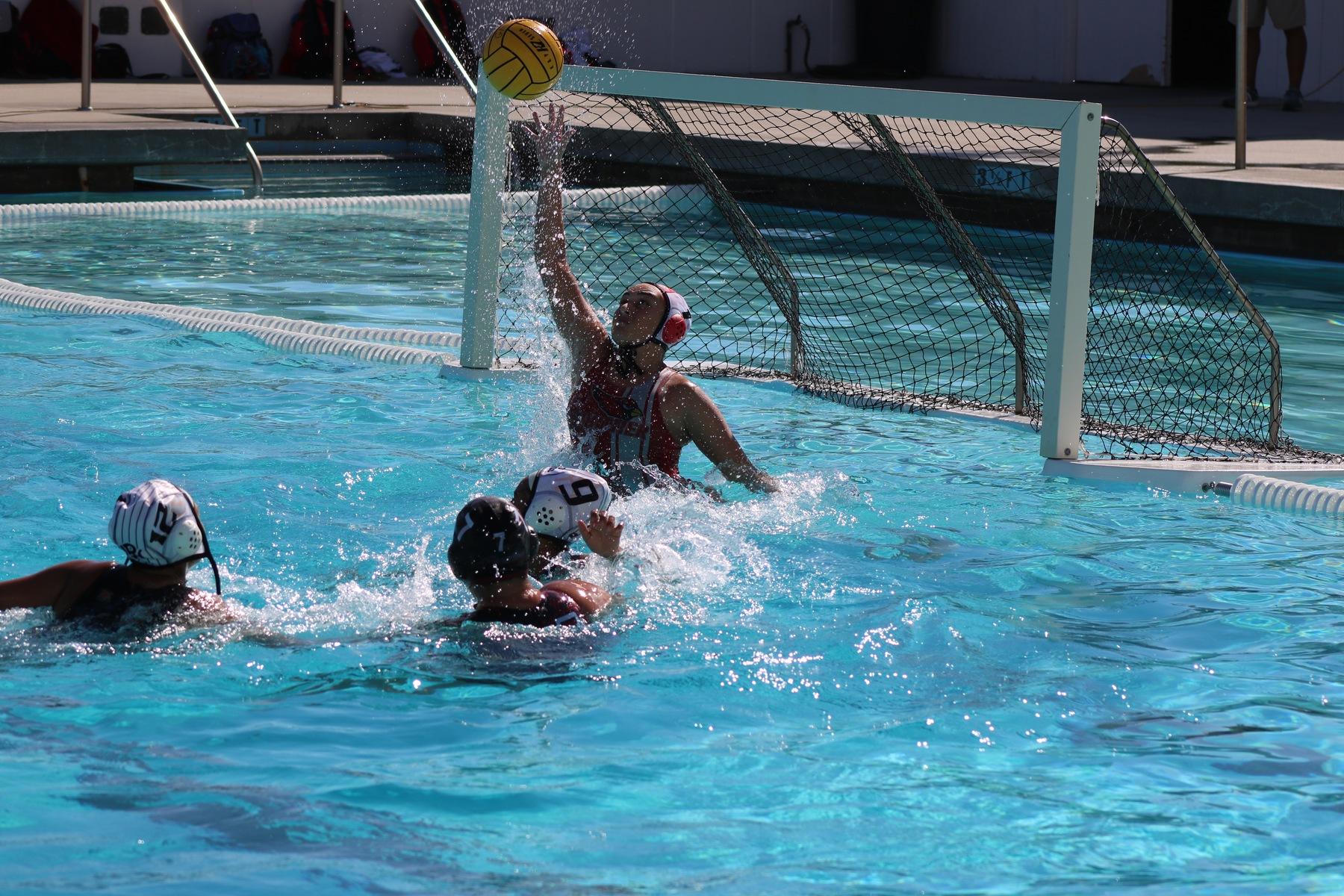WOMEN'S WATER POLO GAME