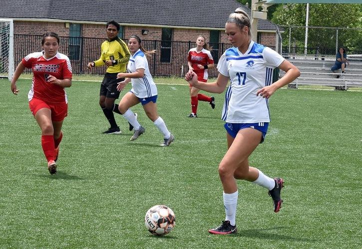 Blinn Women's Soccer Falls To No. 12 Navarro, 5-1
