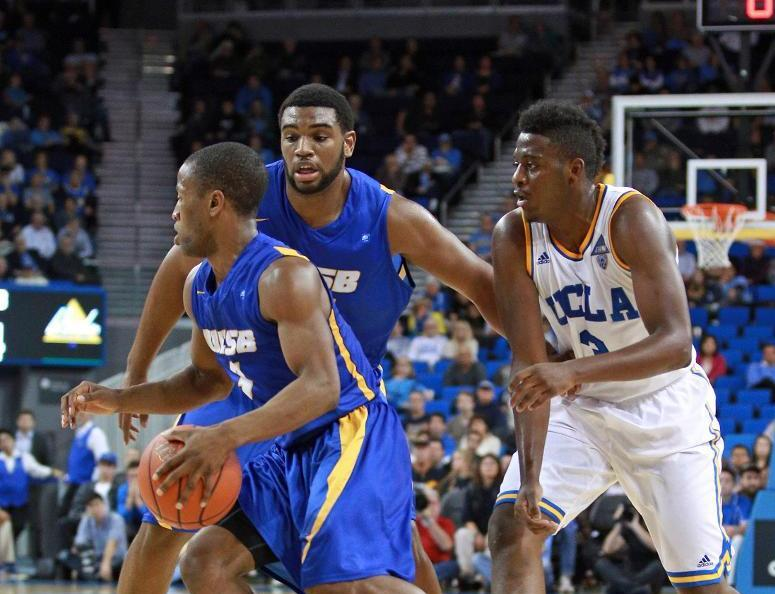Zalmico Harmon and Alan Williams each had double-doubles in UCSB's win over Fullerton on Saturday. (Photo by Eric Isaacs)