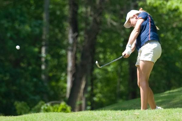 C-N's Ray fires a 74 in second round to climb to 30th at NCAA Super Regional