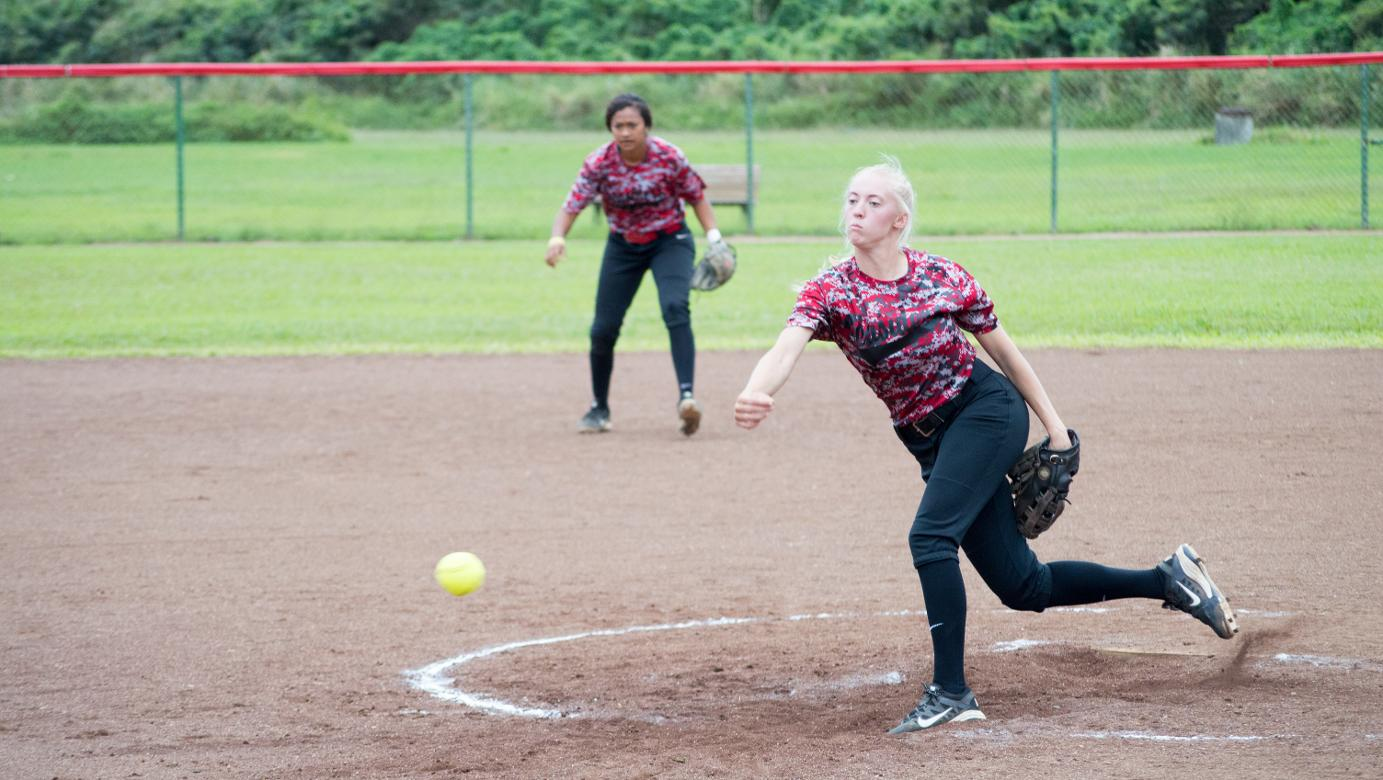Seasiders unable to overcome Lancers in tightly contested doubleheader
