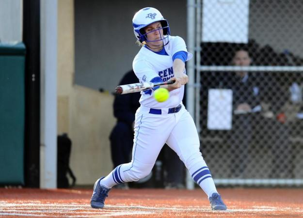 Softball Wins Game 1 at NEC Tournament