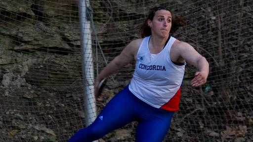 Kassees sets school record for Women's Track & Field at Augustana Meet