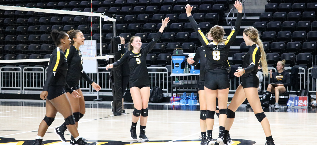 Volleyball Looks to Use Experience as Catalyst in 2018
