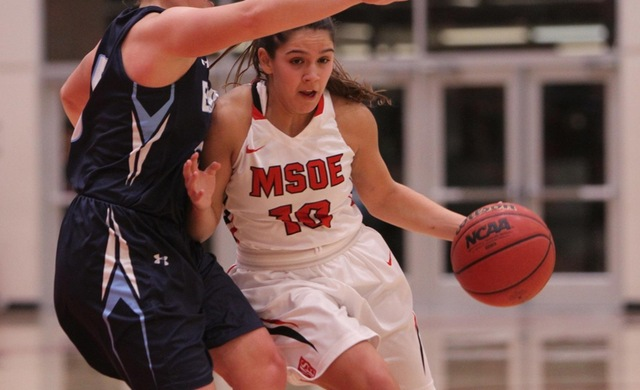 Women's Basketball Drops Back-and-Forth Game With Edgewood