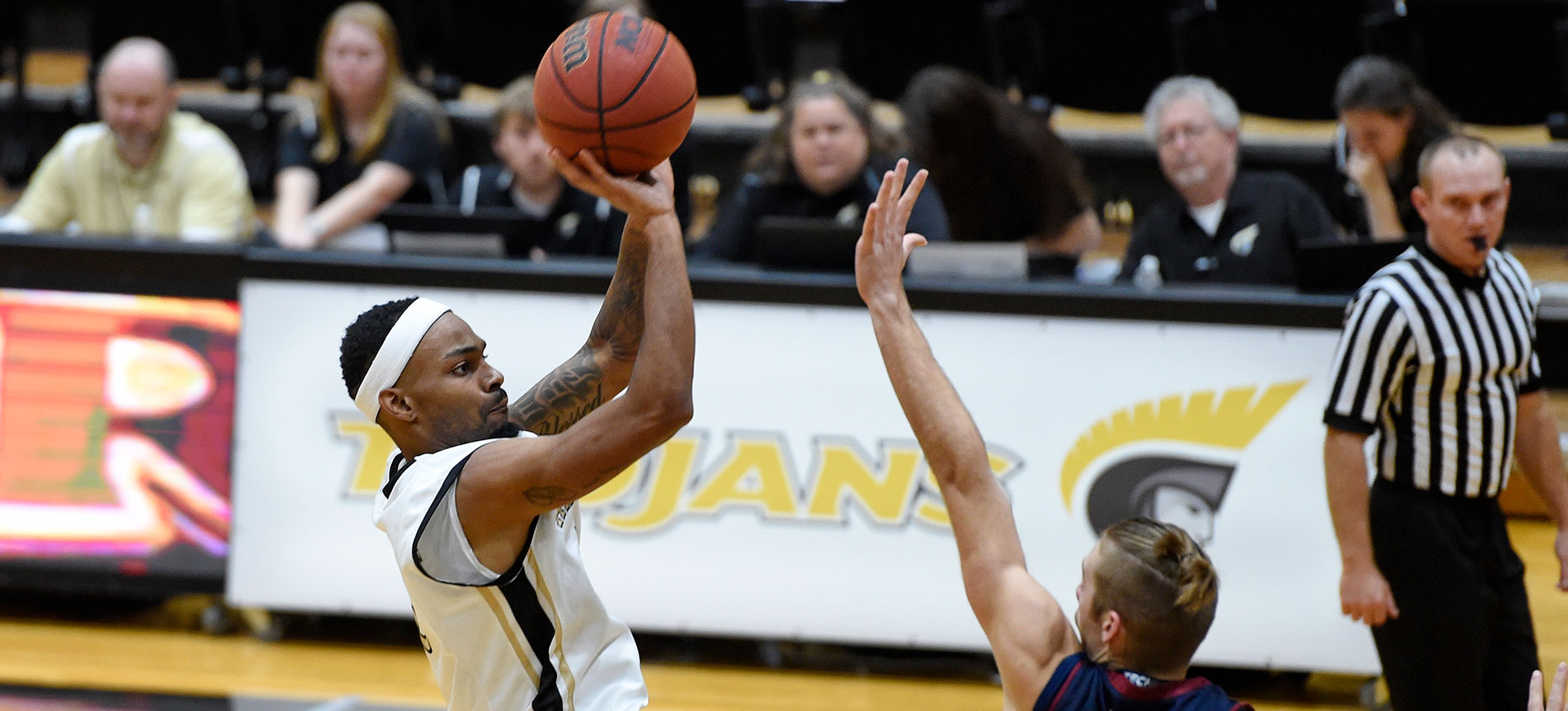 Trojans Hold on for Road Win at Mars Hill