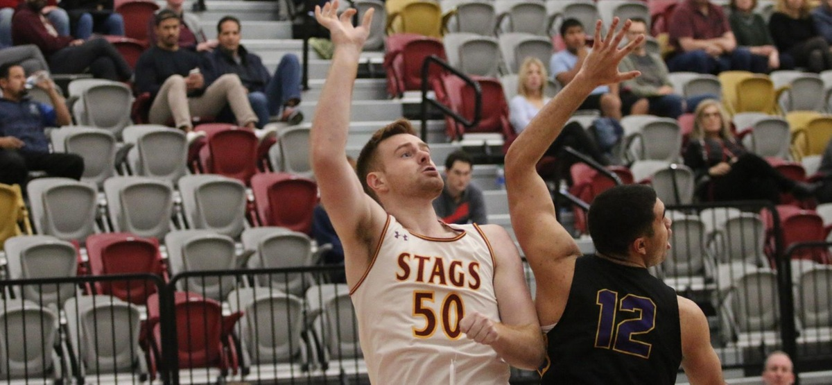 Rhett Carter had 10 points on 5-5 shooting for the Stags (photo by Kiubon Kokko)