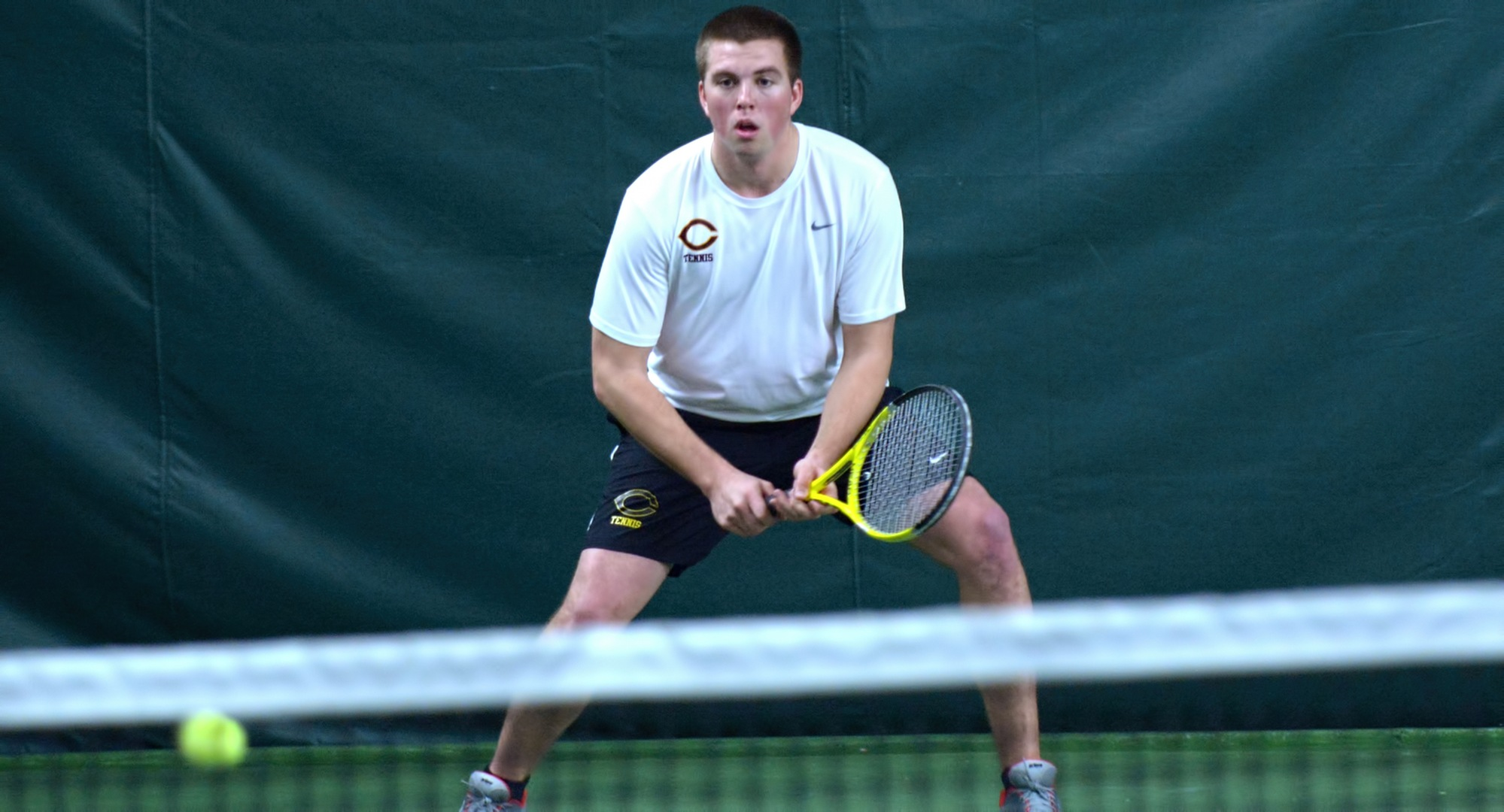 Junior Isaac Toivonen recorded a straight-set win against Macalester against the same opponent who swept him last season.
