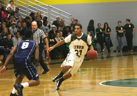 Green Knights hold off Lyndon