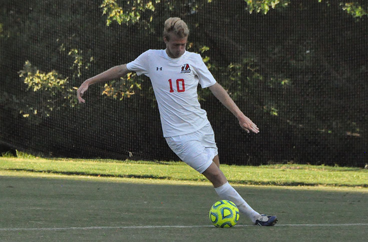 Men's Soccer: Panthers take on Spalding in non-conference game
