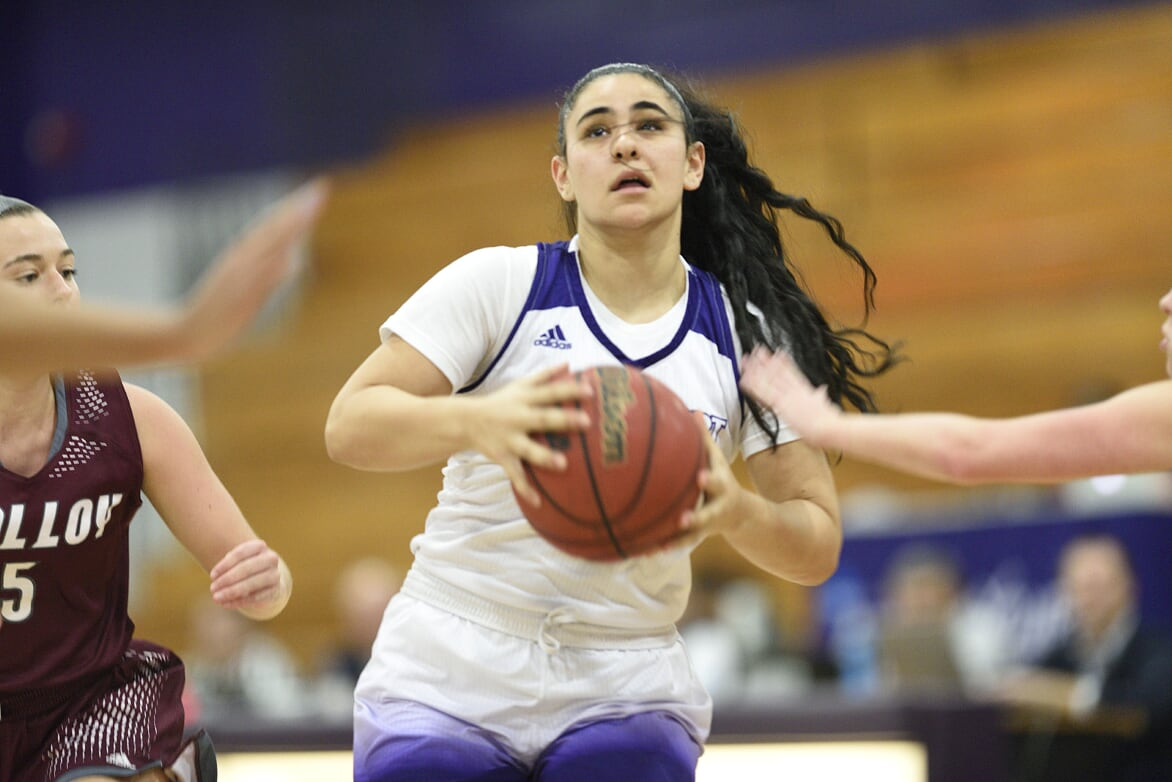 Gianna Gotti's Late Three Pointer Lifts UB Women To A 51-48 Win At Pace