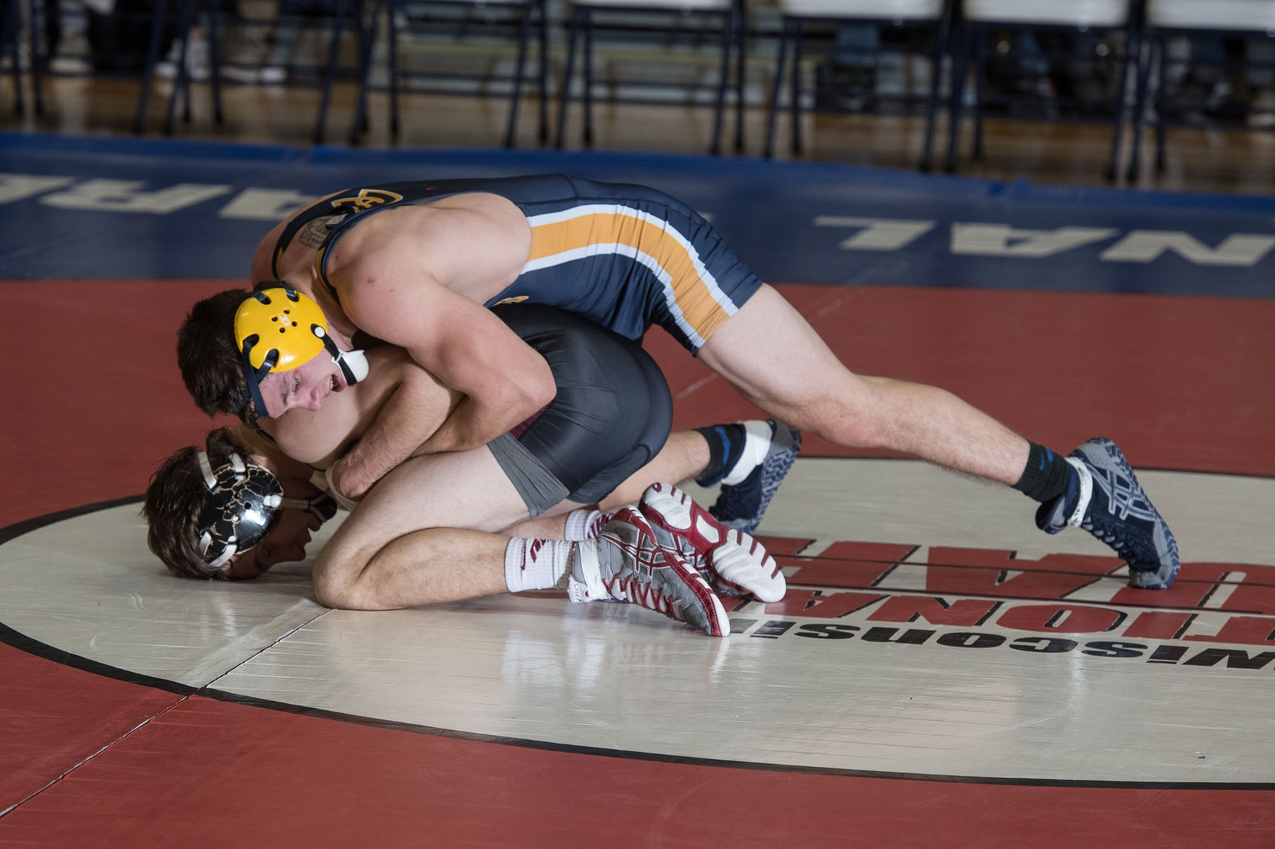 Eau Claire finishes Budd Whitehill Duals with a split on Saturday
