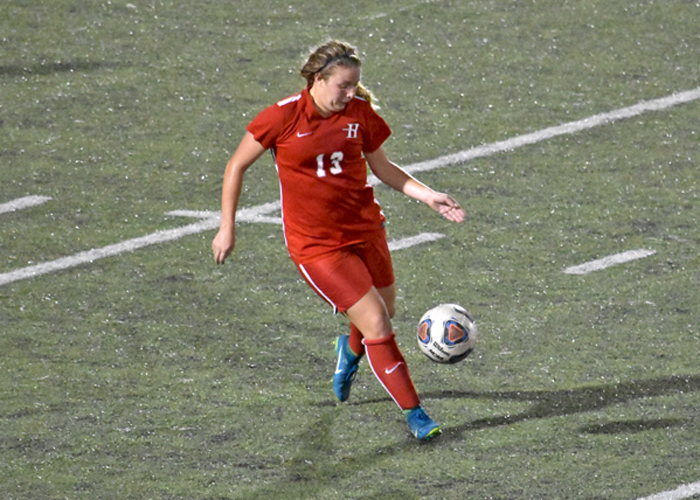Women's soccer closes opening weekend with tie against Berry