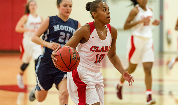 Aretha Sullivan scored five of her 15 points in the final 1:17 to help the Cougars knock off UMass-Boston.