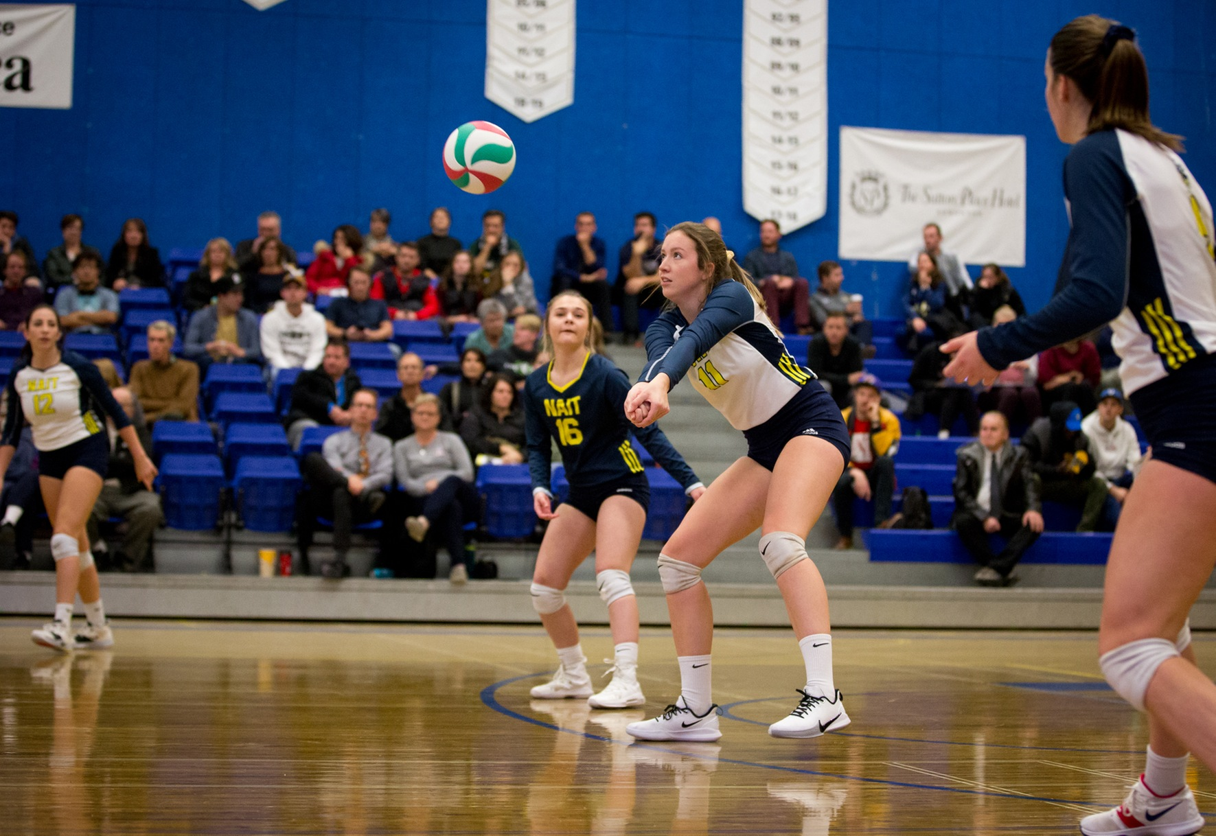 Ooks fall to Huskies in five