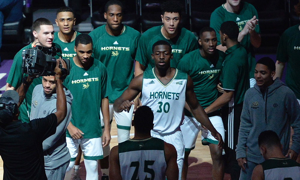 SACRAMENTO STATE THE ONLY PUBLIC SCHOOL IN CALIFORNIA TO EVER RECEIVE NCAA'S APR PUBLIC RECOGNITION IN MEN'S HOOPS