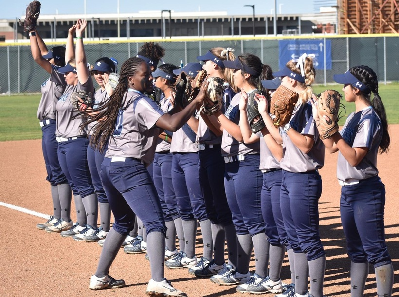 Softball Capitalizes on Mistakes to Edge Pasadena